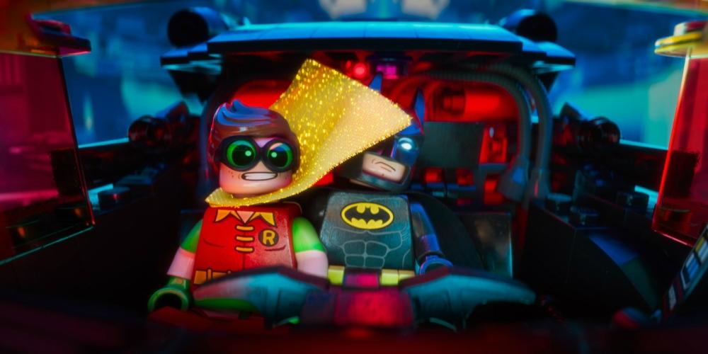 batman-and-son-figlio-robin-movie-monster-hot
