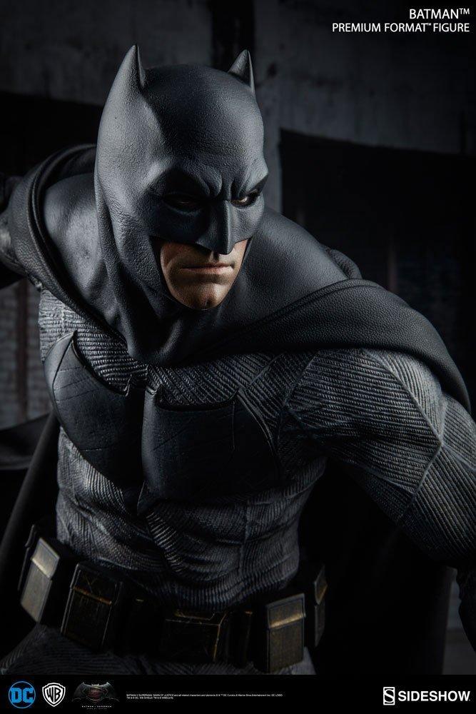 batman v superman sideshow amazon giufre 50 cm_