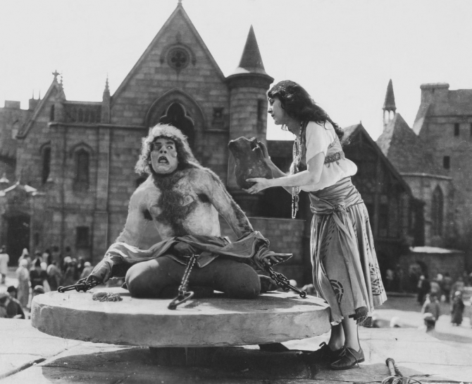 hunchback_of_notre_dame_lon_chaney