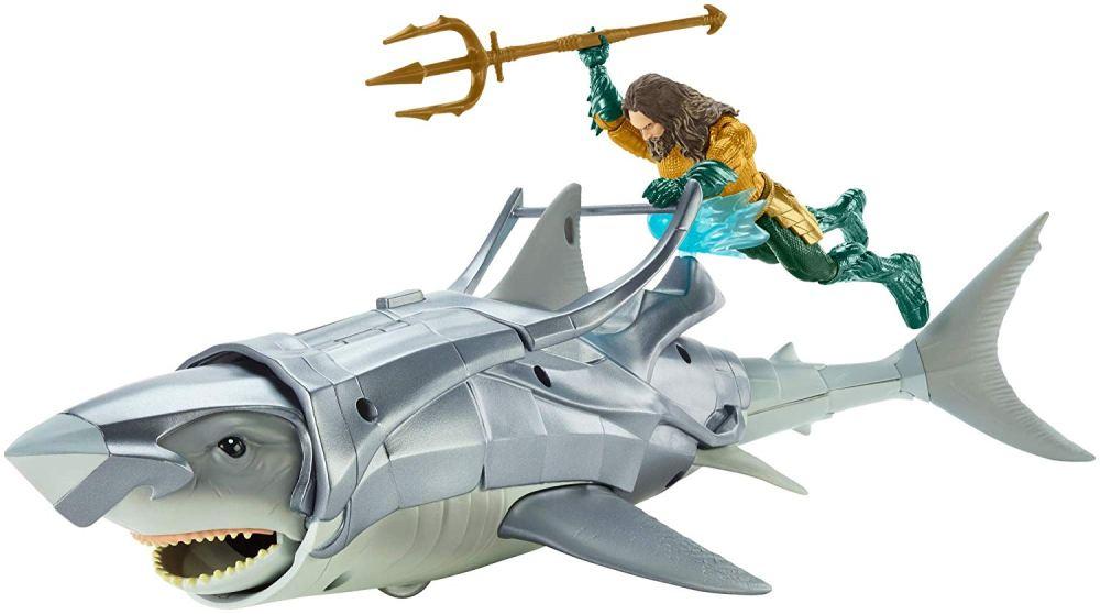 Aquaman_squalo_giocattolo_amazon_