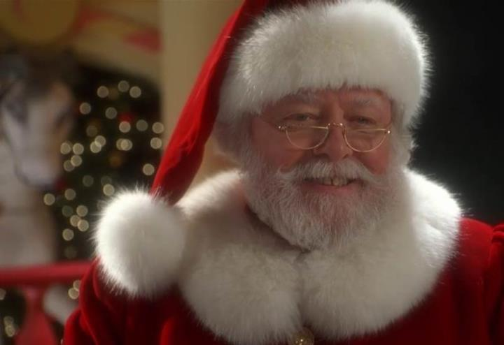 richard_attenborough_babbo_natale_miracolo_strada_monster_movie