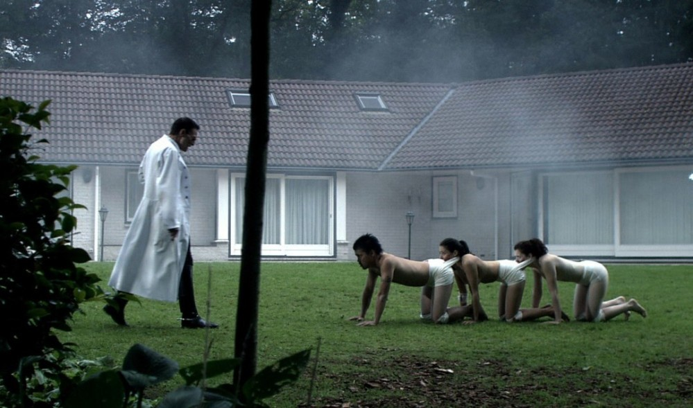the-human-centipede-1080x637