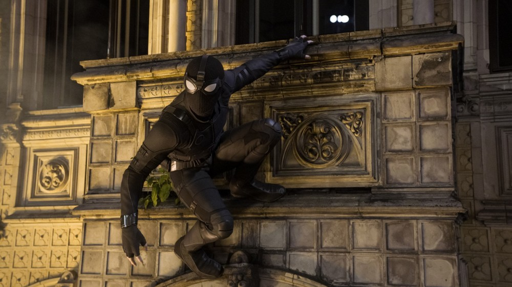 spider-man-far-from-home-stealth-suit