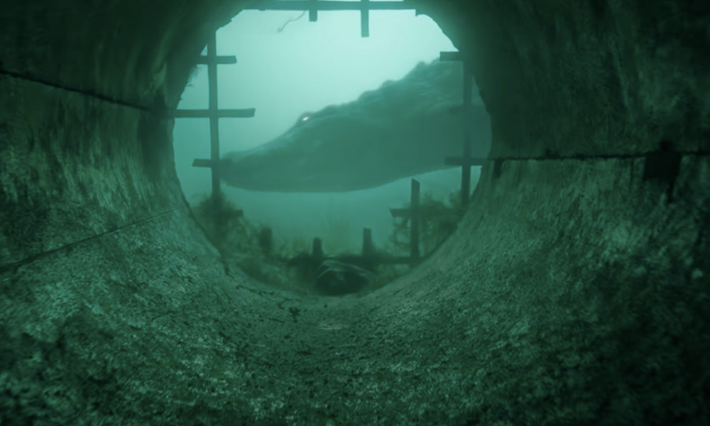 Crawl-Trailer.jpg